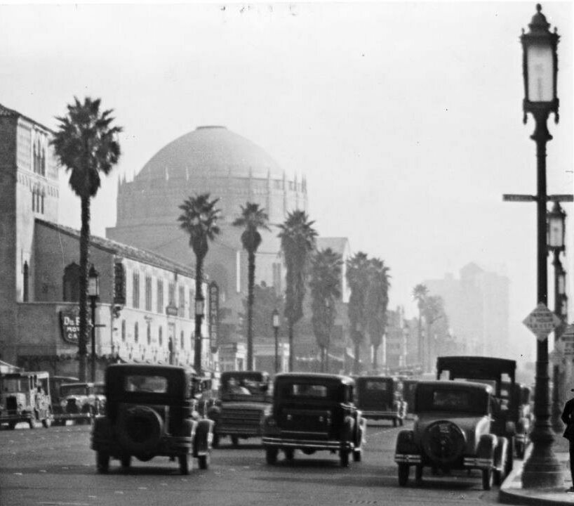 View of Wilshire Boulevard looking east from Western Avenue in Los Angeles, ca.1930-1939.
