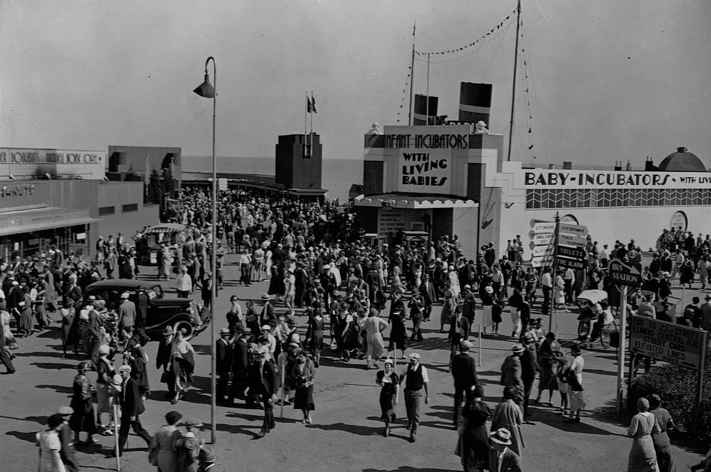 Couney's infant incubator building at the 1933 Chicago World's Fair.