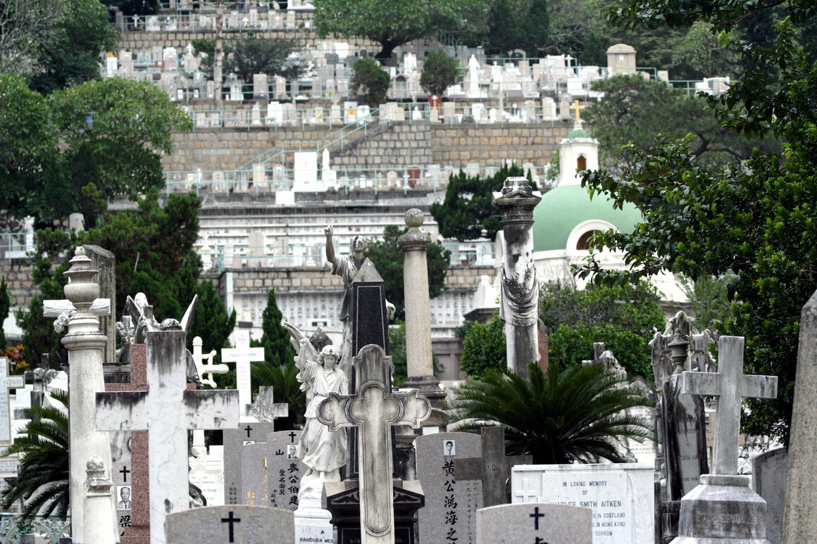 Can Hong Kong Sell Its Residents On Watery Graves Atlas Obscura