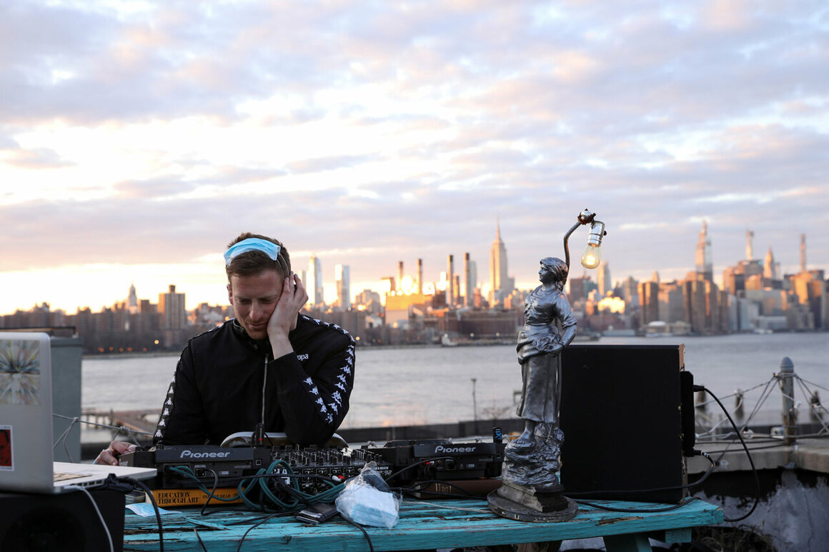 DJ and event producer Nash Petrovic livestreamed a set from his Brooklyn roof on March 21, 2020.