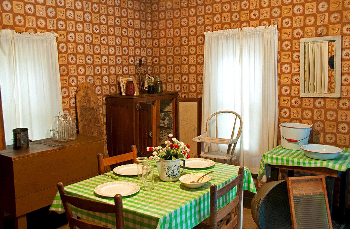 The kitchen of Elvis' childhood home, Tupelo, Mississippi.
