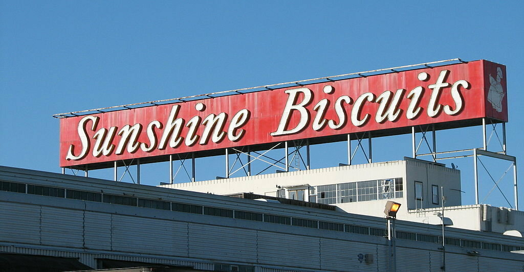 An Oakland outpost of Sunshine Biscuits operated until 1995.