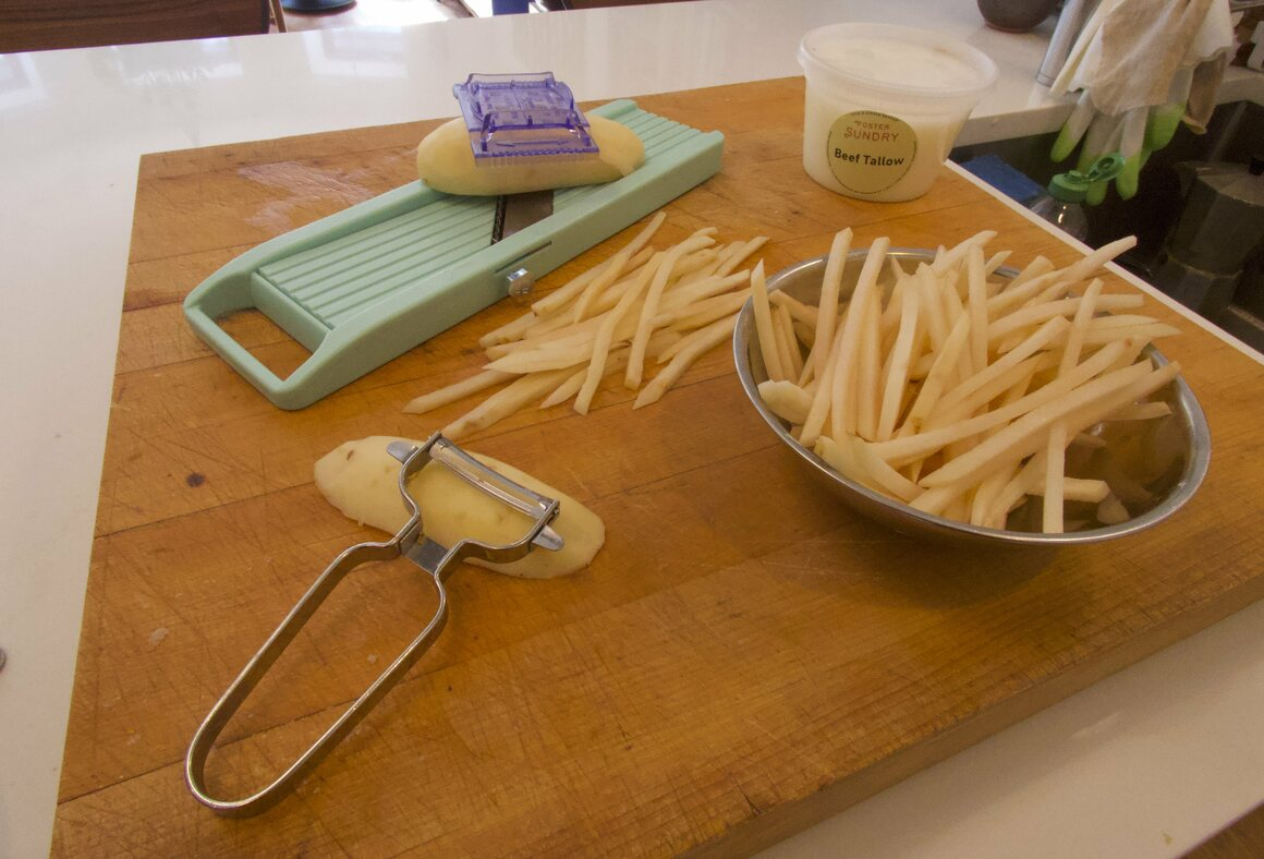 You've been warned: Be careful when slicing on your mandoline's fry setting.