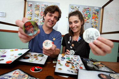 We make buttons that you design!