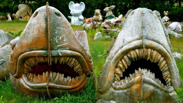 FAST Fiberglass Mold Graveyard