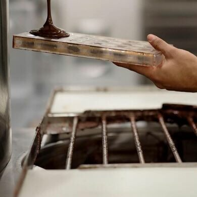 Chocolates being made on-site at Mast Brothers in DTLA