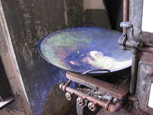 Wing Luke Museum, antique stove