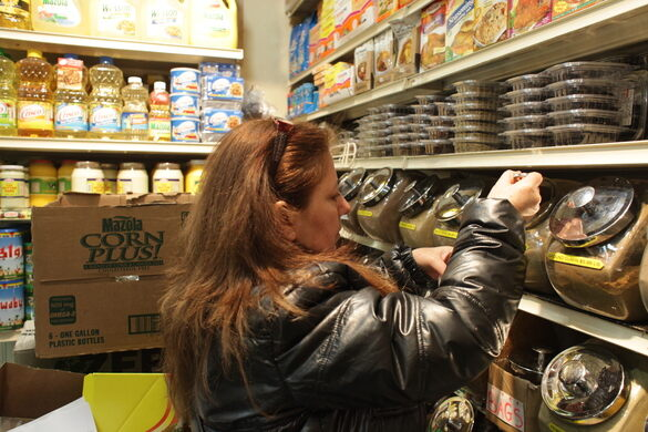 Jeanette shopping