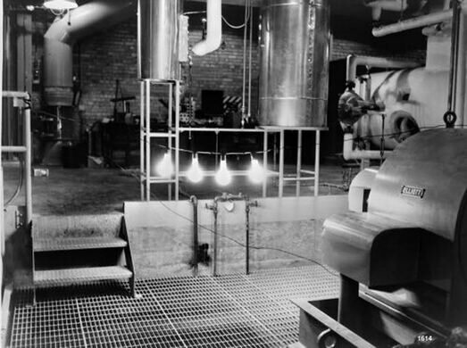A historic photo of the four bulbs that were lit by nuclear-generated electricity for the first time in 1951.