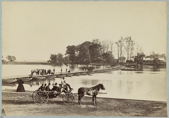Pontoon bridge during the Civil War
