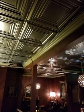 Hotel Marqueen interior