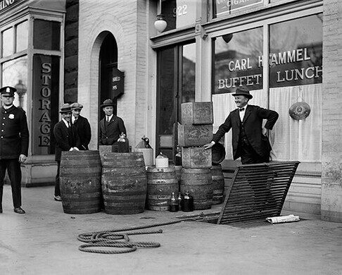 Prohibition officers after raiding Carl Hammel's lunchroom on Pennsylvania Avenue in 1923.
