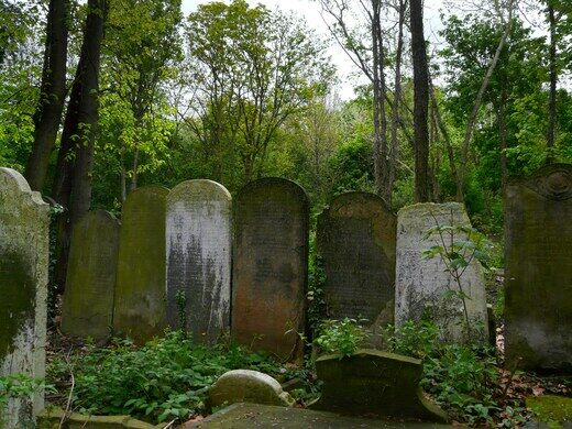 The words on several gravestones are now barely visible.