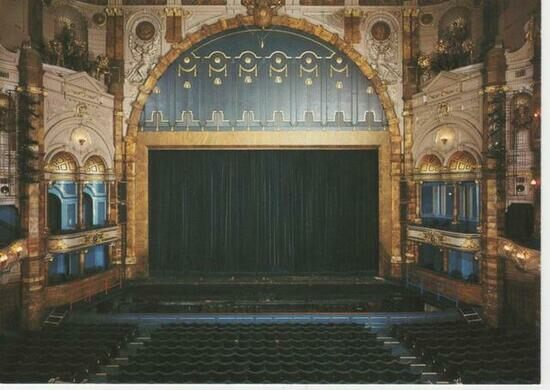 The interior of the London Coliseum in the 1980s.