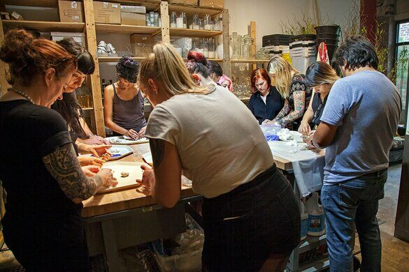Students in a taxidermy workshop with Amber.