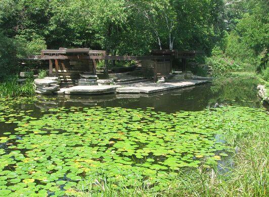 This national landmark nestles within Lincoln Park's boundaries.