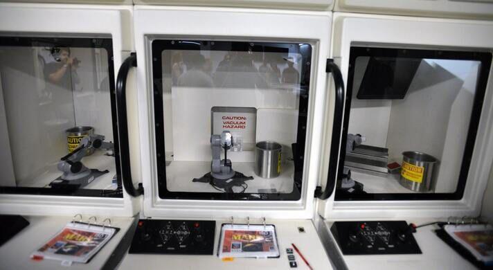 Interactive space mission simulator.