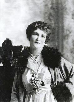 Madame Lou Graham.
