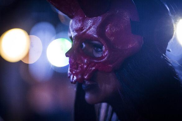 An attendee at the Oddities Flea Market LA.