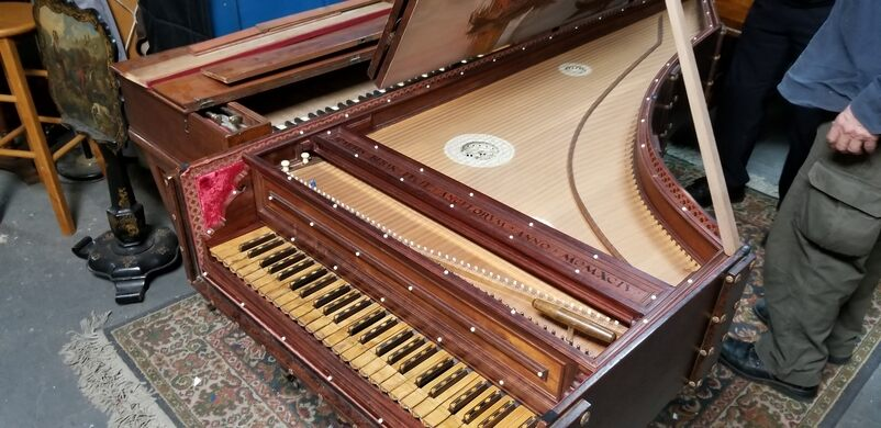 One of the harpsichords built by Curtis.