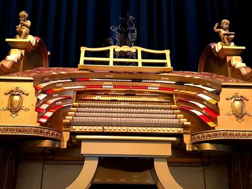 The five manual console of the mighty Wurlitzer.