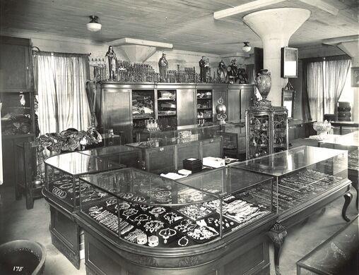 Vintage photo of the original Western Costume Location in DTLA.