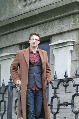 Author Adam Selzer.