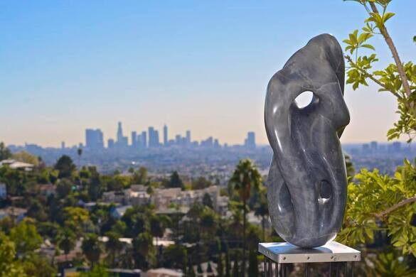 Sculpture by Robin Cohen.