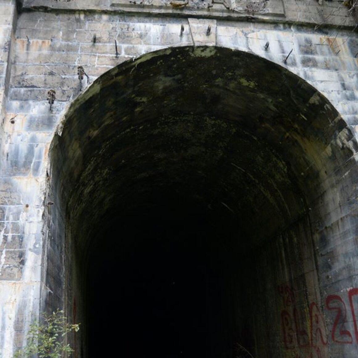 Old Cascade Tunnel