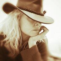 Profile image for CarolineE