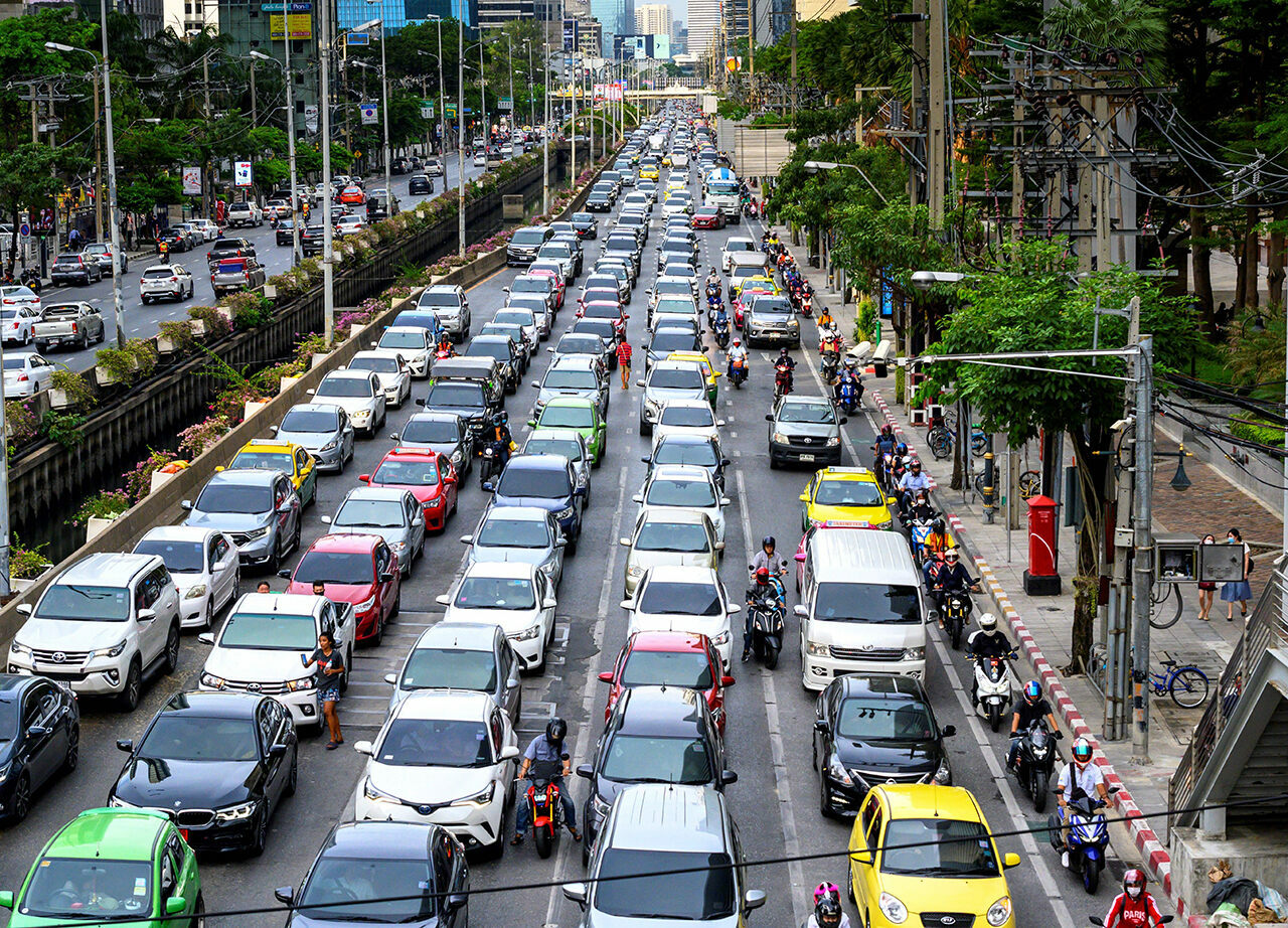 Cars at a standstill in rush hour in Bangkok on May 25, 2020, following the lifting of the city's pandemic restrictions.
