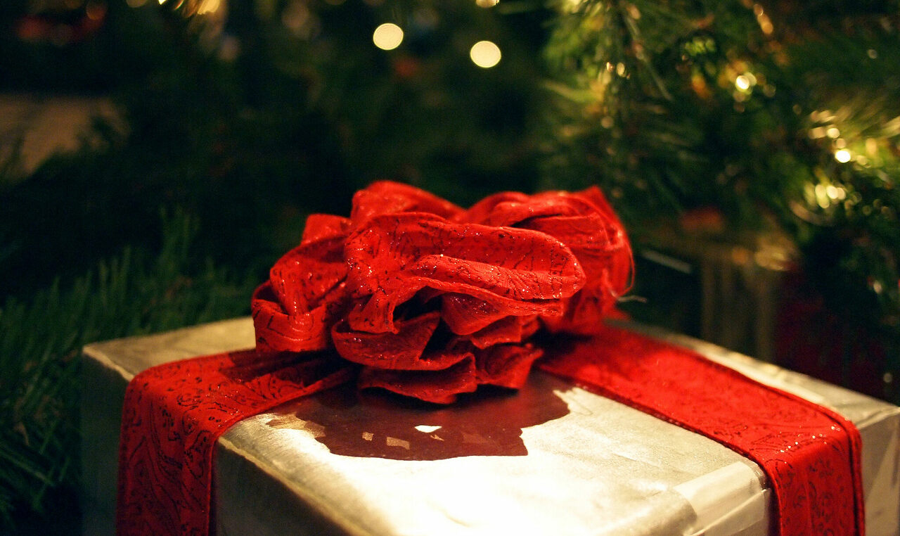 When do you like to tear into your presents?