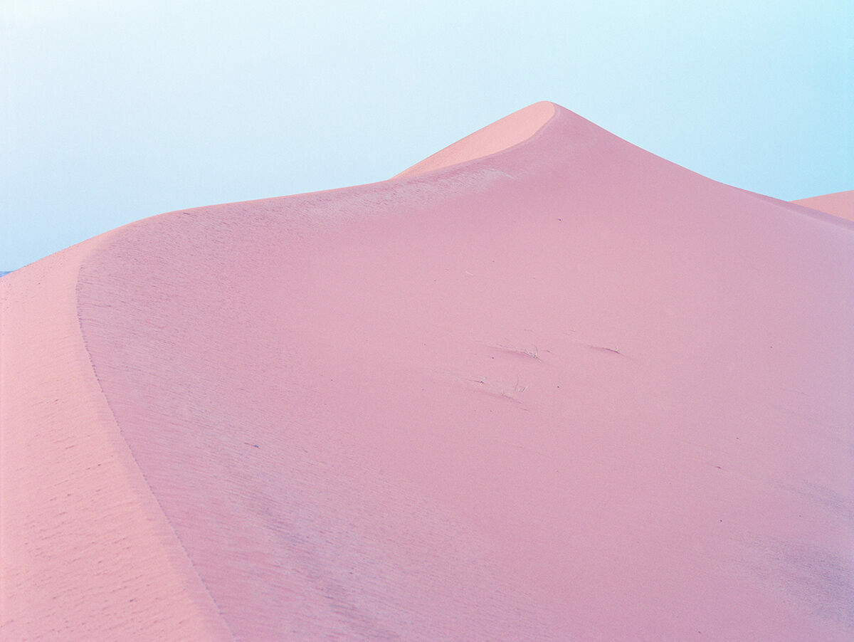 One of Luca Tombolini's desertscapes.