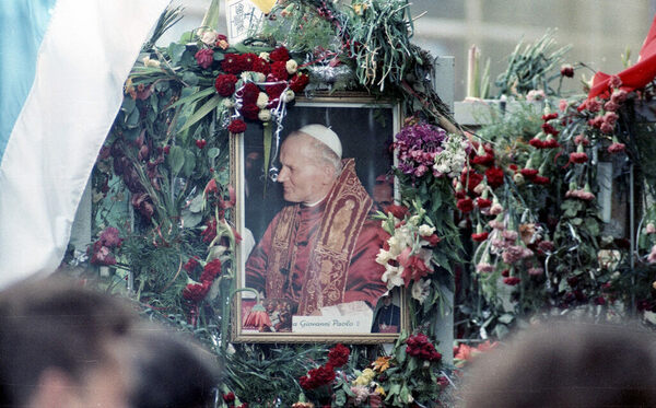 The Unsolved Case Of The Attempted Assassination Of Pope