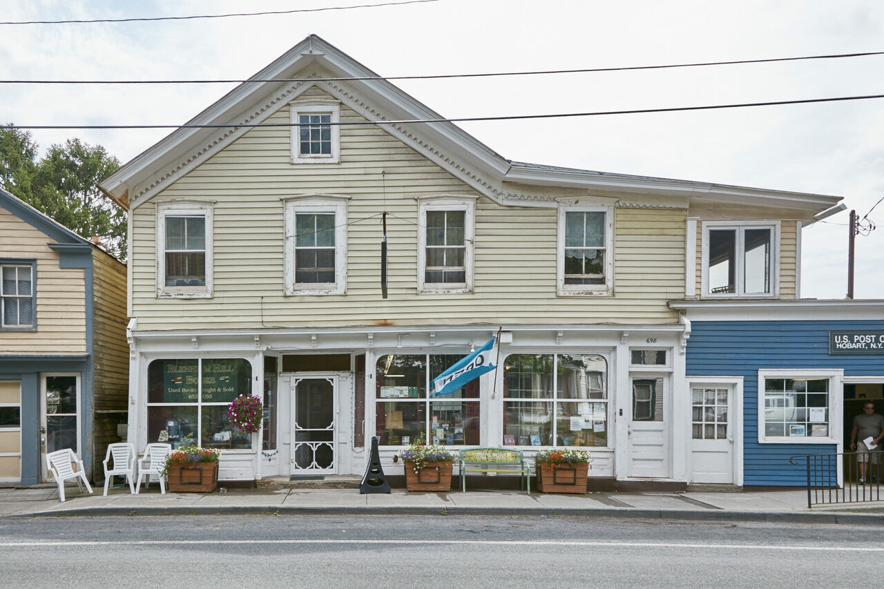 Exterior of Blenheim Hill Books in Hobart, New York.
