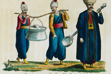 Janissaries carrying their <em>kazan, </em>along with a regimental ladle.
