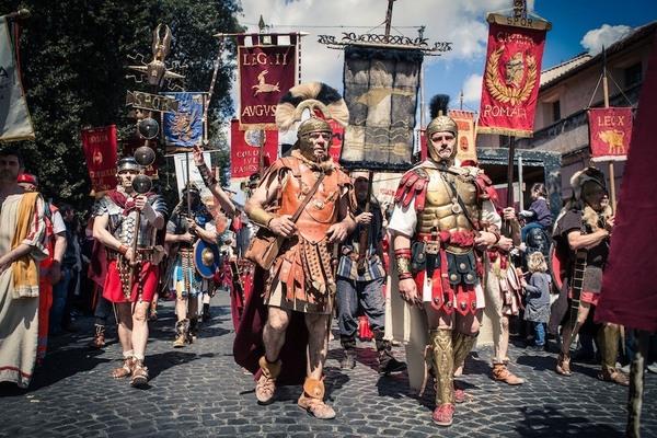 Gladiator School When In Rome Fight Like A Roman Atlas