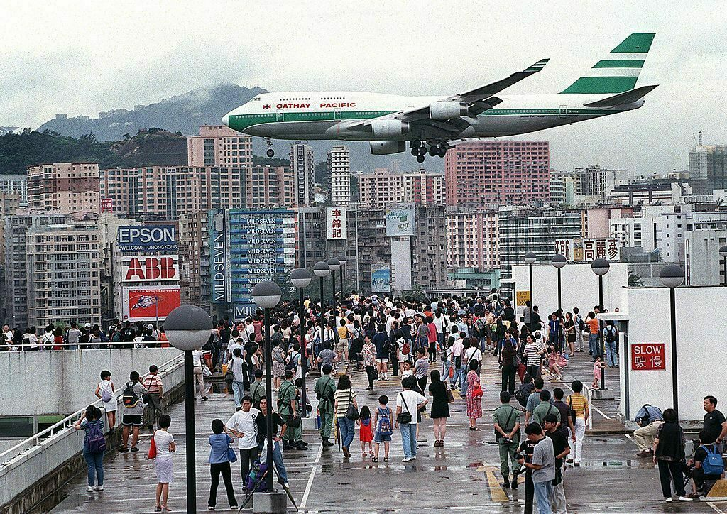 A Cathay Pacific flight comes into land in Hong Kong's Kai Tak Airport, June, 27, 1998.