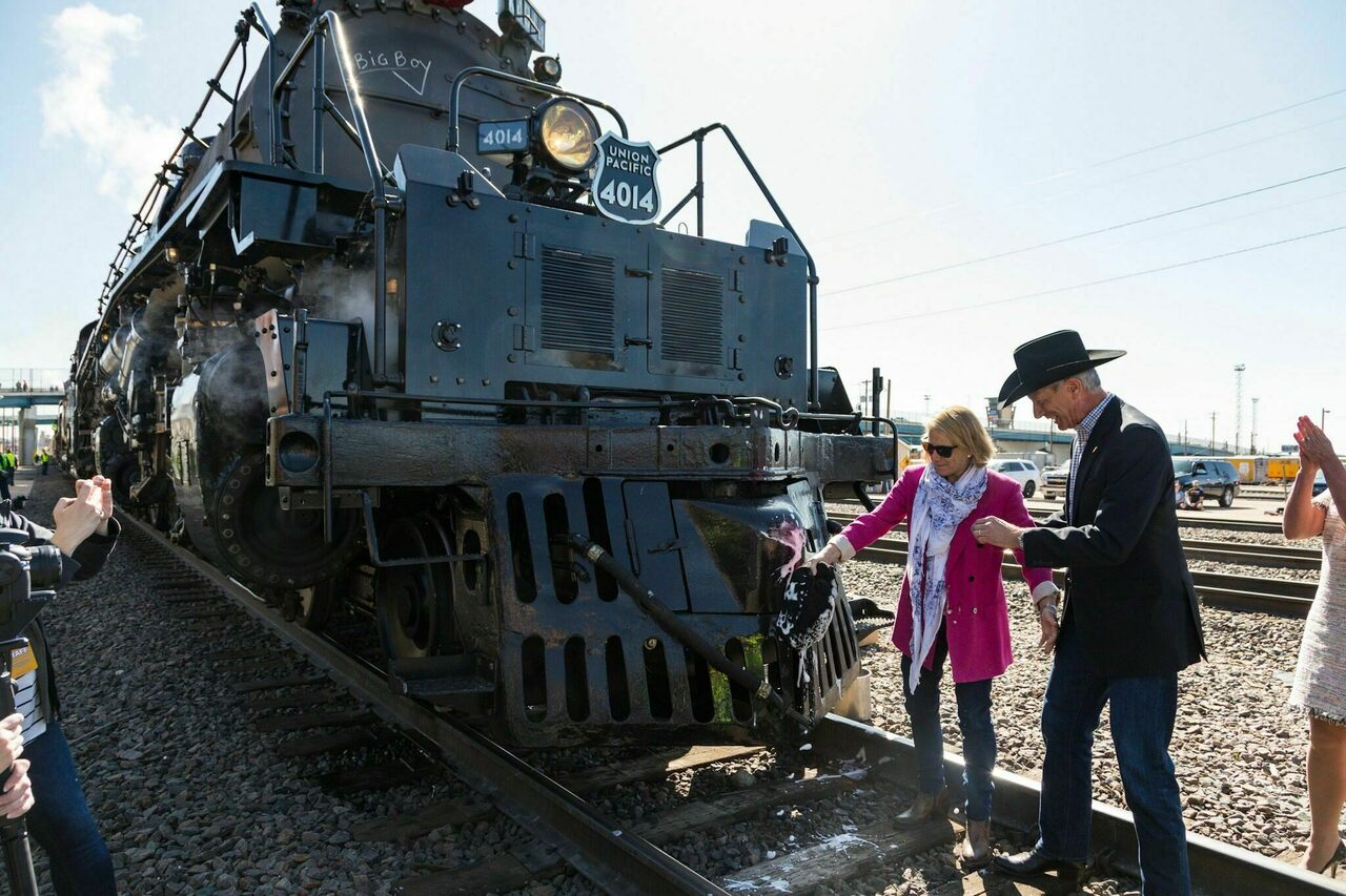 Lance M. Fritz, right, the chairman, president and CEO of Union Pacific, rechristens locomotive 4014 alongside his wife, Julie Fritz, in Cheyenne, Wyoming, on May 4, 2019.