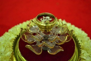 Sarira: Buddhist Human Pearls
