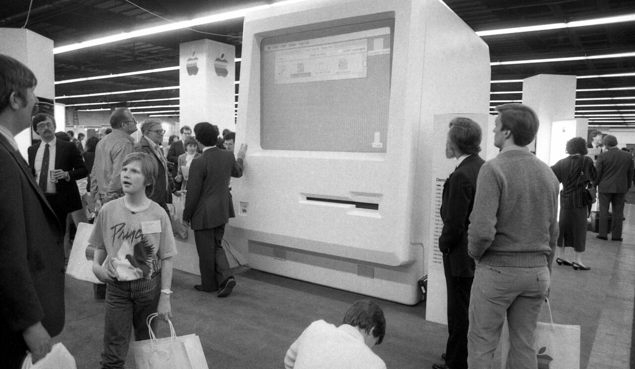 February 21, 1985: The first MacWorld at Brooks Hall in San Francisco.