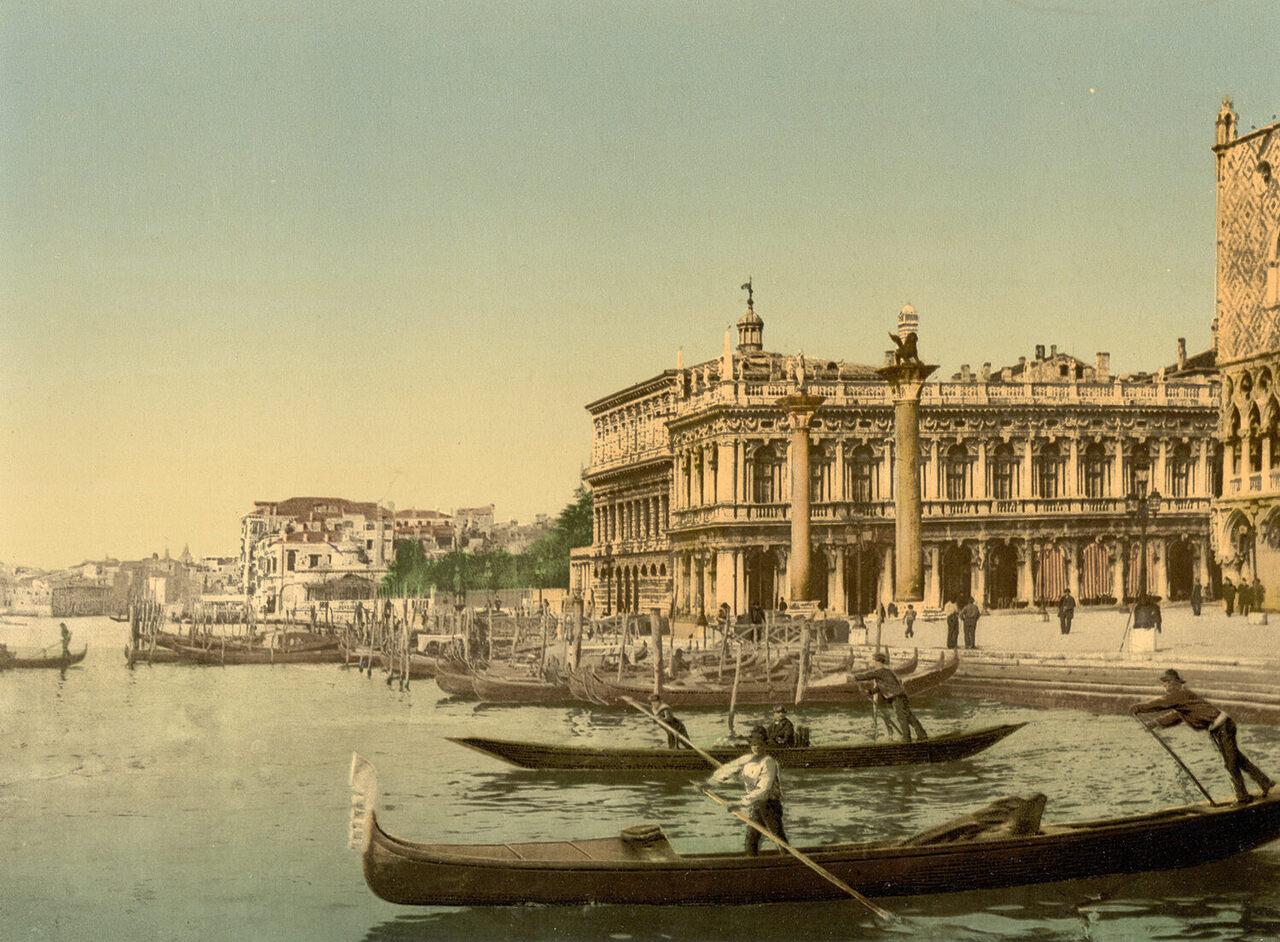 Gondolas and Piazzetta di San Marco, Venice, c. 1900.