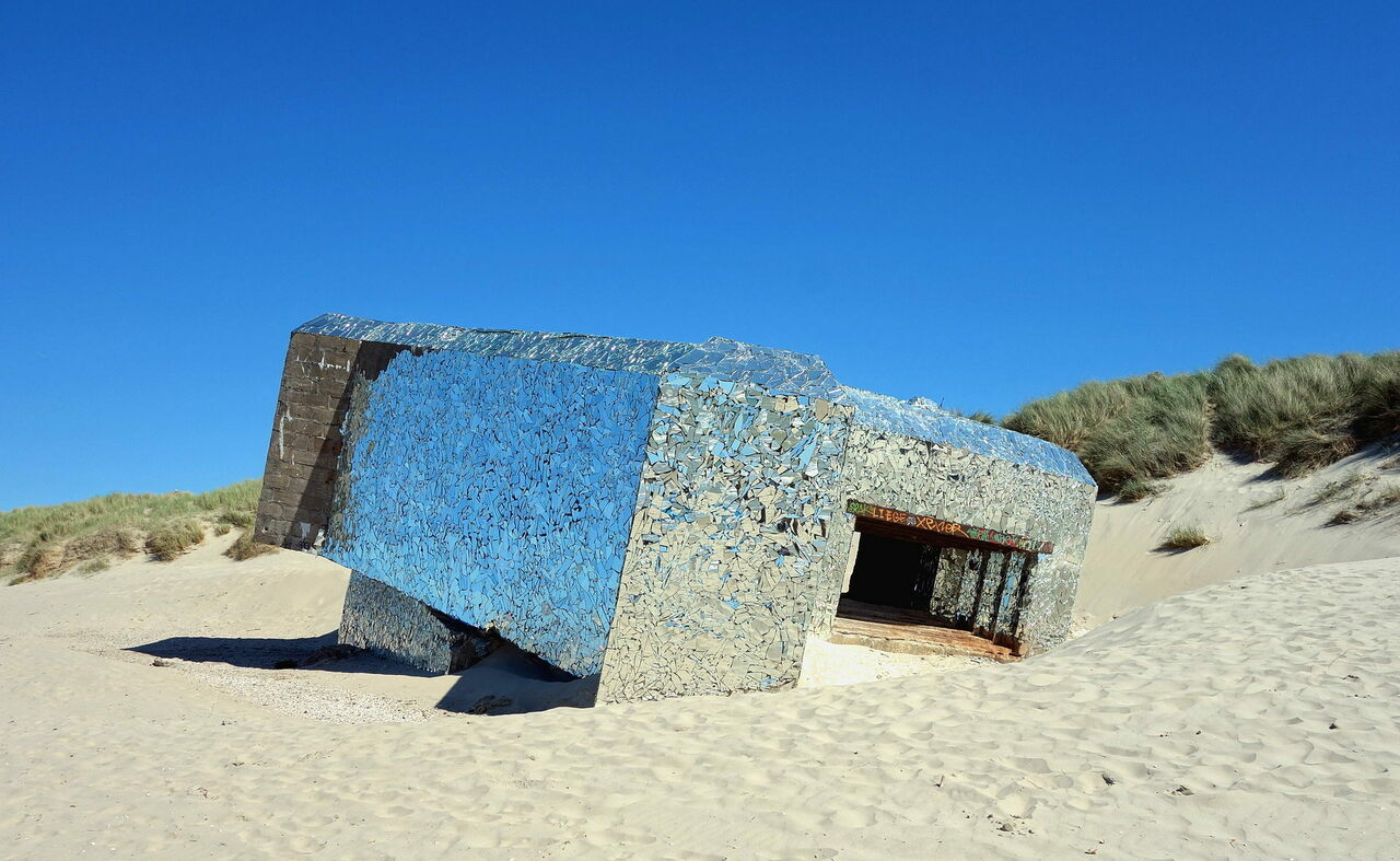 A mirrored bunker at Leffrinckoucke's Fort des Dunes.