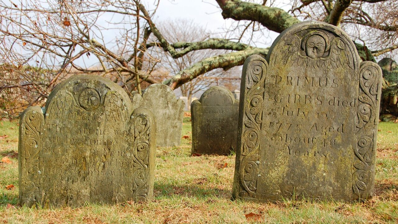 Gravestones for the extended Stevens/Gibbs/Howard Family (1759-1775).