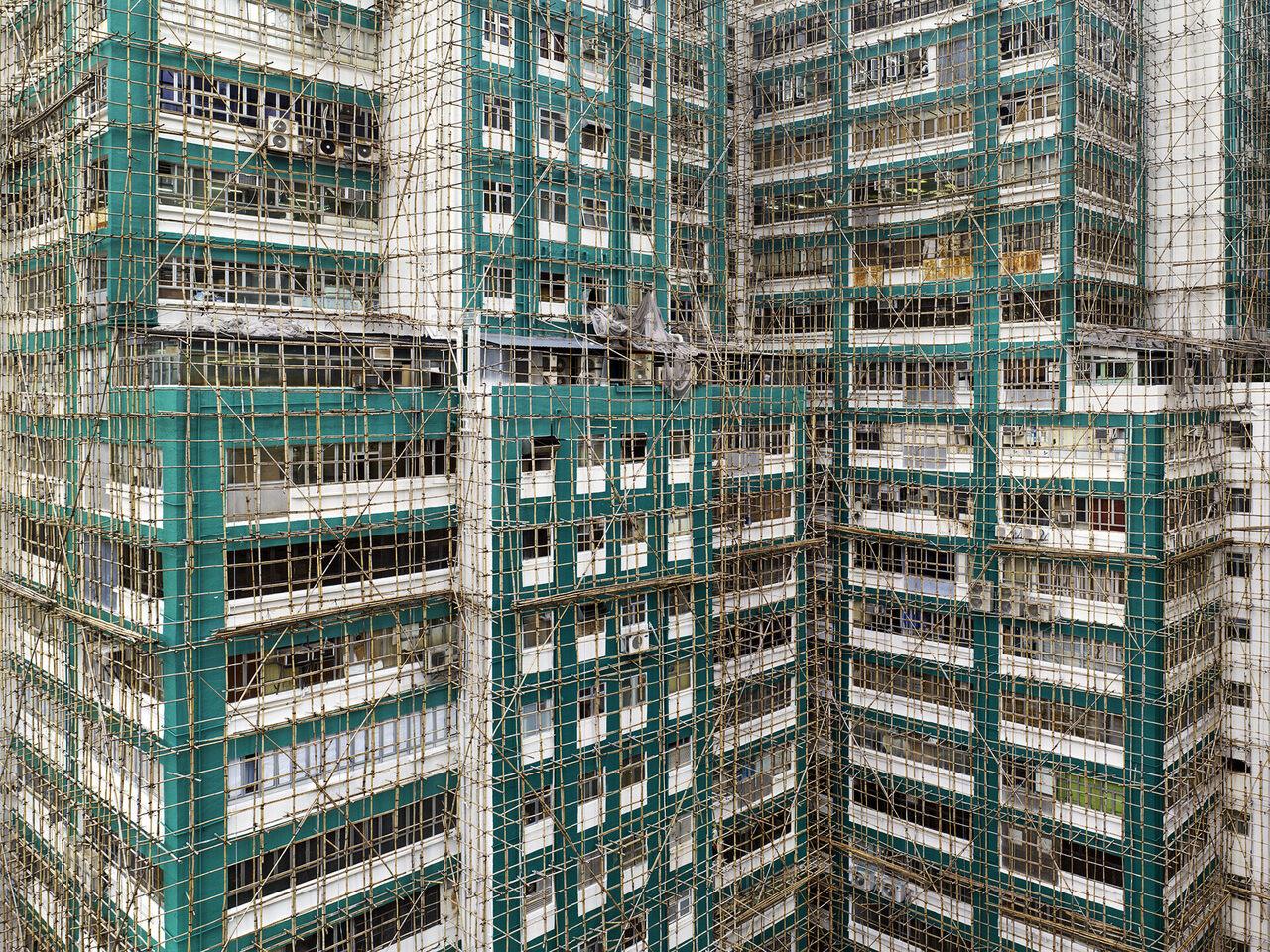 <em>Aqua Cocoon Cage #2</em>, Hong Kong, 2012.