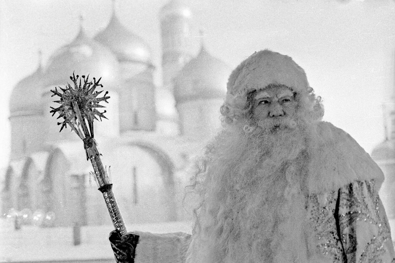 Actor Alexander Khvylya plays Ded Moroz at a New Year performance the Kremlin in 1969.