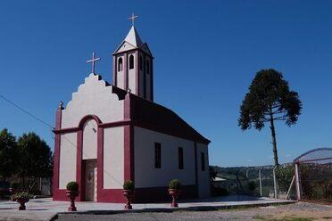 The <em>Capela Nossa Senhora das Neves</em> is notably built out of wine.