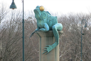 A Connecticut Town's Tribute to a Bullfrog Battle