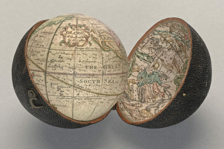 The Tiny Globe That Puts the World and Heavens in Your Palm