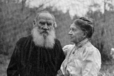 Leo and Sophia, six weeks before his death in 1910.